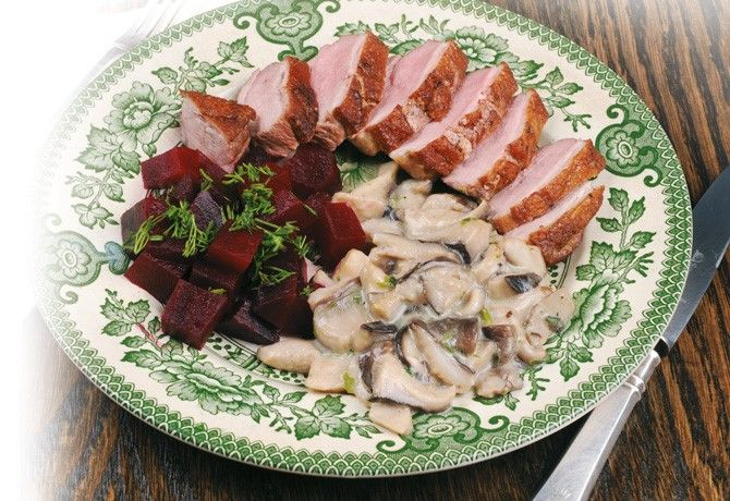 Duck breast with shiitake sauce and beetroot salad