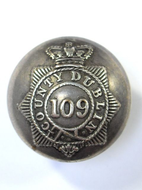 109th (County Dublin) Militia Victorian Officers Large Coatee Button