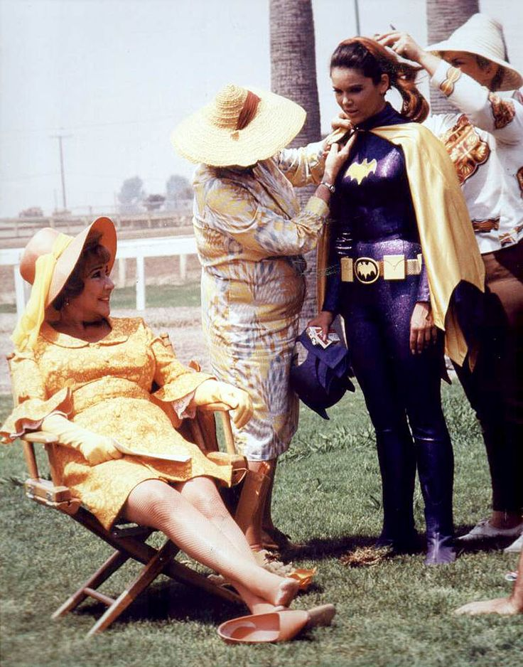 Yvonne Craig as Batgirl and Ethel Merman as Lola Lasagna on the set of Batman