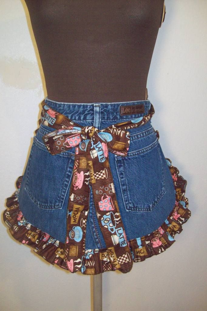 denim apron pattern   This is an apron made from an old pair of jeans. The ruffle fabric is ...