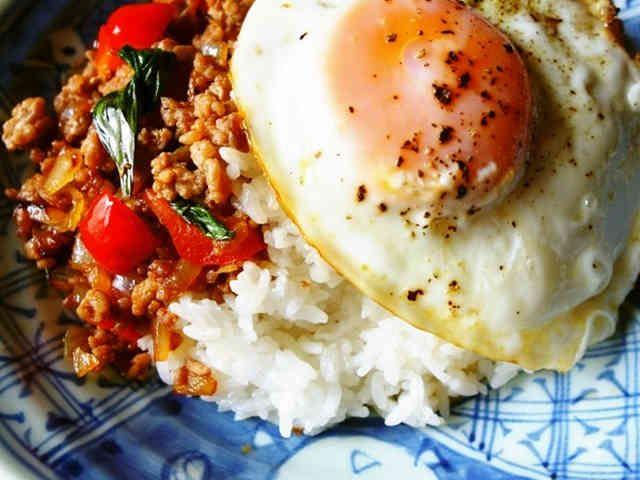 本格タイ料理☆ガパオライスの画像