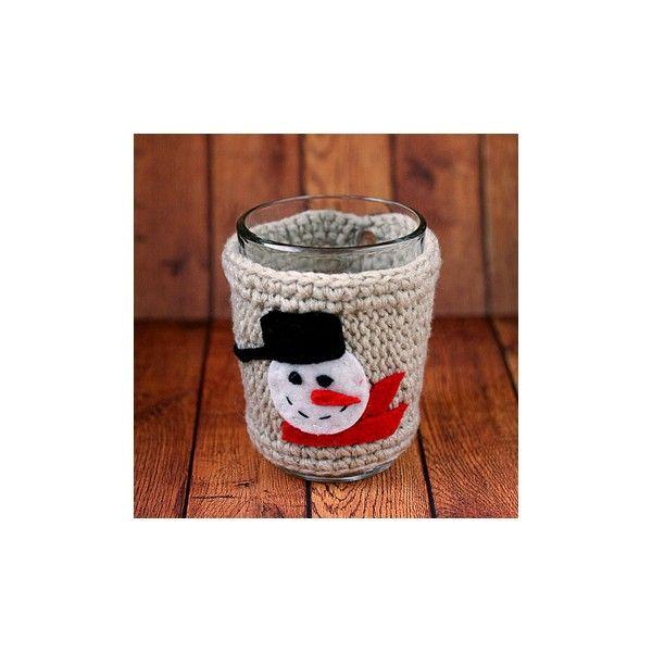 Ciocolata calda cu scortisoara, cafea sau un ceai cu arome de sarbatoare….le puteti tine calde mai mult timp cu aceste hainute crosetate si cusute manual. Pretul include si cana.Pret/buc
