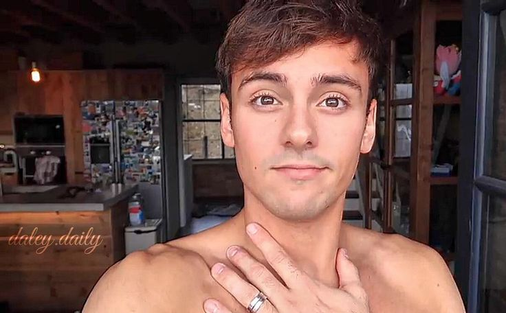 "13 Likes, 1 Comments - Daily Daley (@daley.daily) on Instagram: ""This handsome screen capture was from @tomdaley1994 And his latest YouTube video. Big brown eyes.…"""