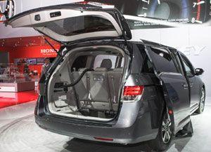 All New Honda Odyssey 2014 akan diluncurkan di Indonesia oleh PT Honda Prospect Motor pada tanggal 8 Januari 2014 http://www.hargaspesifikasihonda.com/honda-odyssey-2014-indonesia