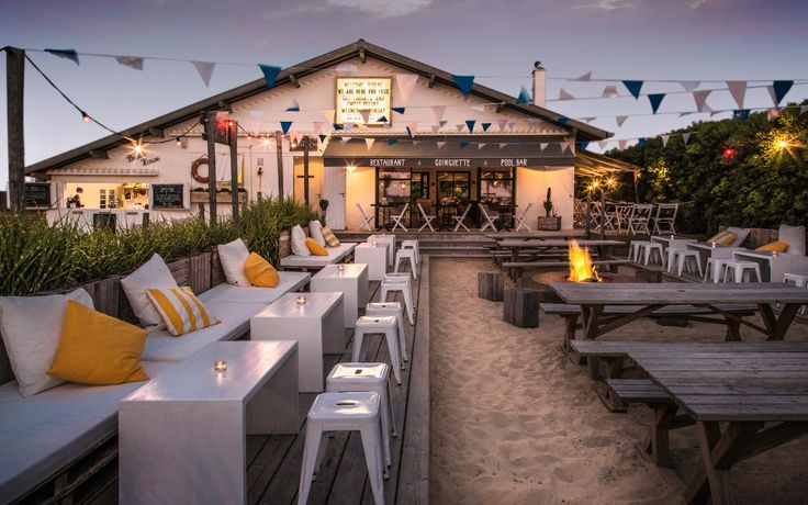 The beach house à Anglet restaurant, guinguette, pool house et brunch
