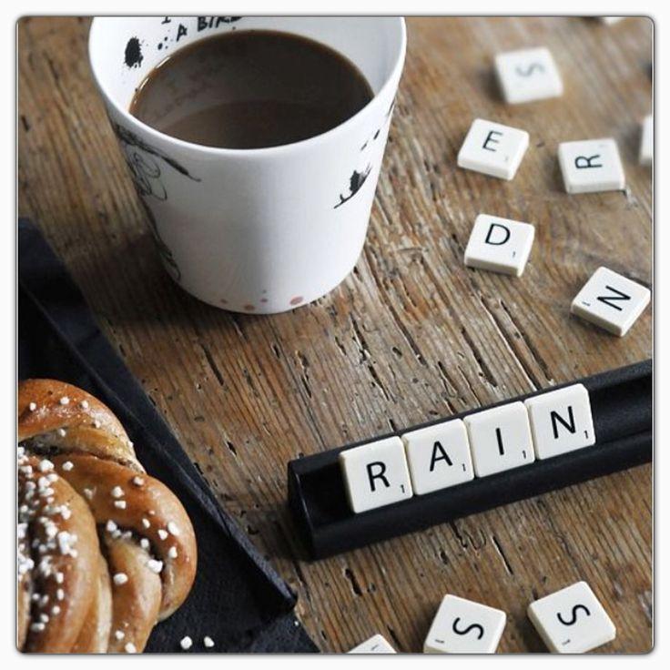 Máme tu pátek, i když trošku deštivý. Ať vám zamračené počasí nepokazí den ;-)