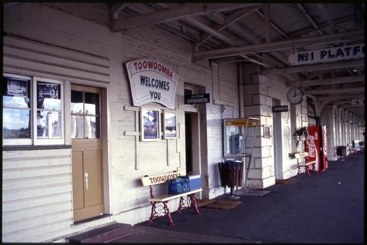 Toowoomba Railway Station, building looking north, 1993