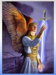 El Arcangel con estandarte y escudo pisndo demonios y Dios y angeles en le cielo   ¡Oh Poderoso San Miguel!   Te rogamos nos ayudes:   ...