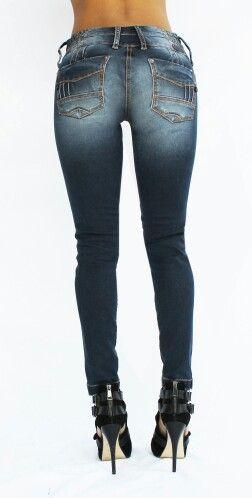 Jeans Dama. Revisa la nueva colección en www.clamjeans.com