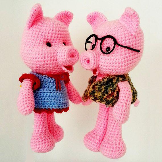 Crochet pig. Mr & Mrs piggy. Stuffed amigurumi pig. by LilCuddles