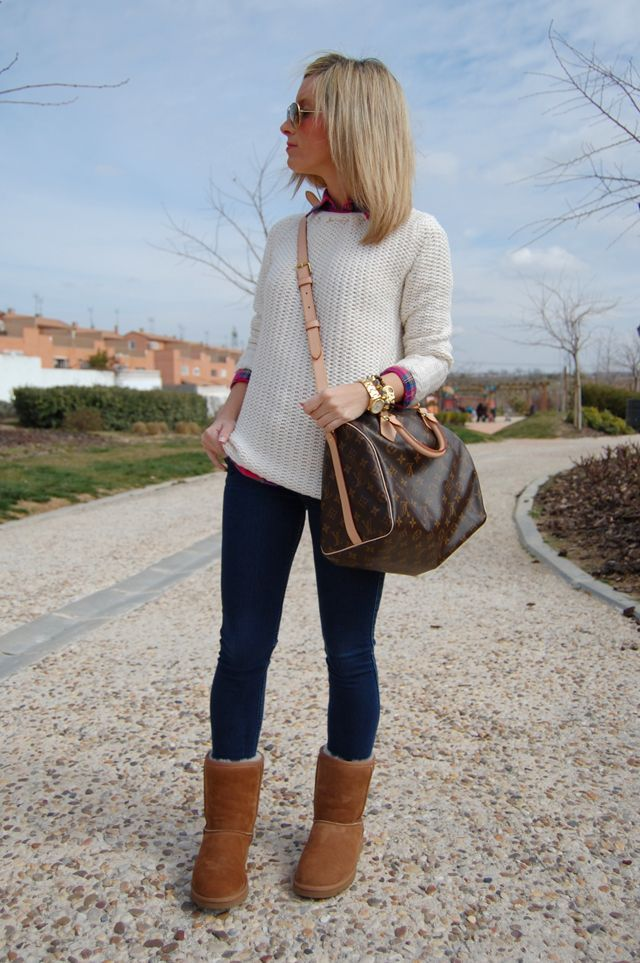 I need this chunky sweater, and the bag of course.