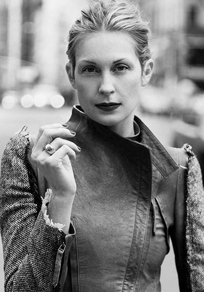 Kelly Rutherford, fan of BODIE and FOU