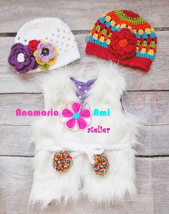 Vestuta blanita colorata by Anamaria Ami