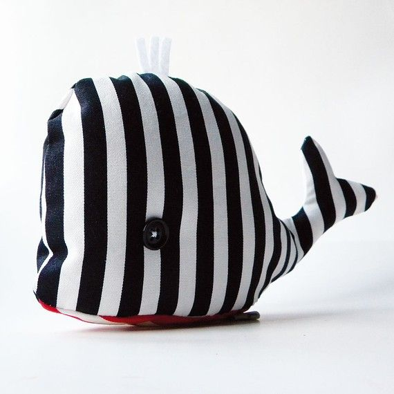 Helmut the whale - Handmade in Italy
