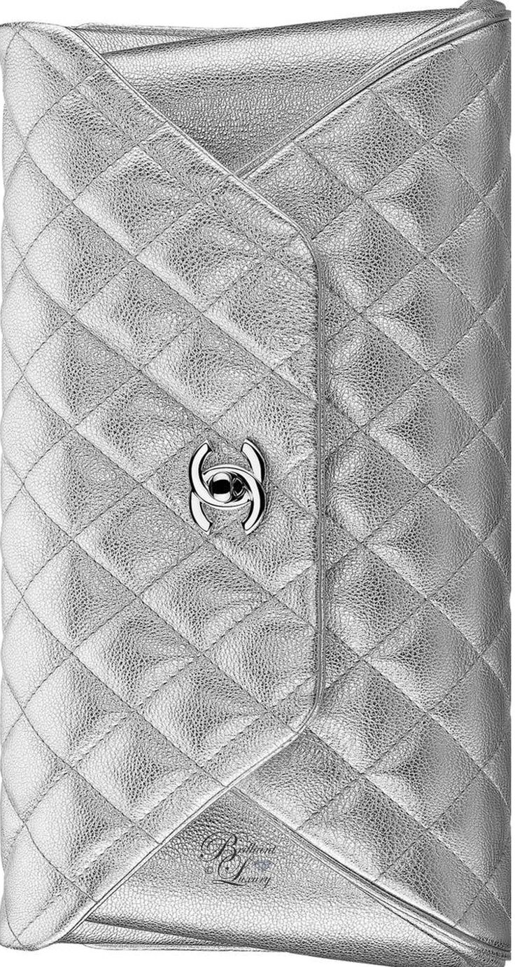 Brilliant Luxury by Emmy DE ♦Chanel Metallic Goatskin Silver Clutch FW 2016/17