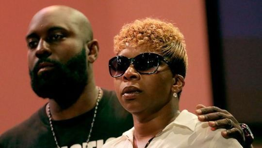 Michael Brown's Parents in Atlanta To Push For Police Body Cameras
