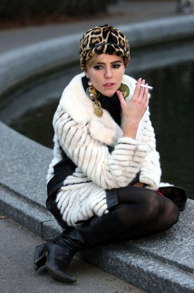 Sienna Miller (Factory Girl)