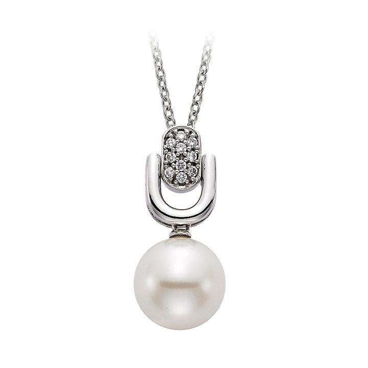 Diamond and Pearl Pendant Necklace available at Houston Jewelry!: Las Vegas, Mandalay Bays, Pendants Necklaces, Classic Pearls, Bays Resorts, Pearls Diamonds, Pearls Pendants, Culture Pearls, Diamonds Pendants