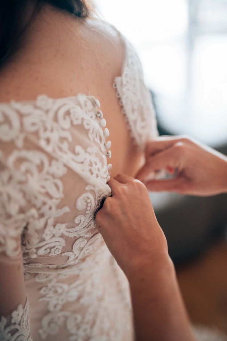 Choosing your wedding dress is one of the biggest fashion choices you'll make in your life. We have created this freebie to help you when choosing your dress and warn you about the biggest mistakes brides make when choosing their wedding dress so that you don't make them yourself. All you need to do is …