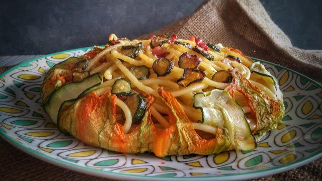 Frittomisto: cucina ed emozioni: Bucatini al forno con pecorino, pancetta, zucchine...