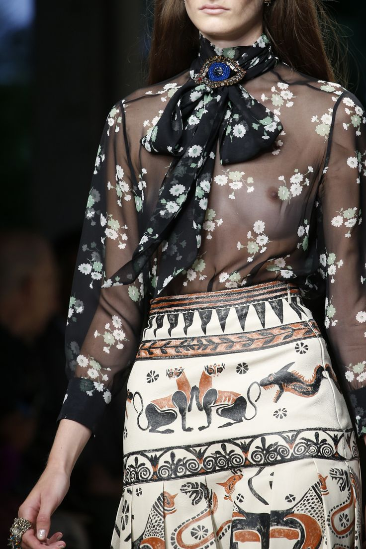 forlikeminded:    Gucci - Milan Fashion Week / Spring 2016