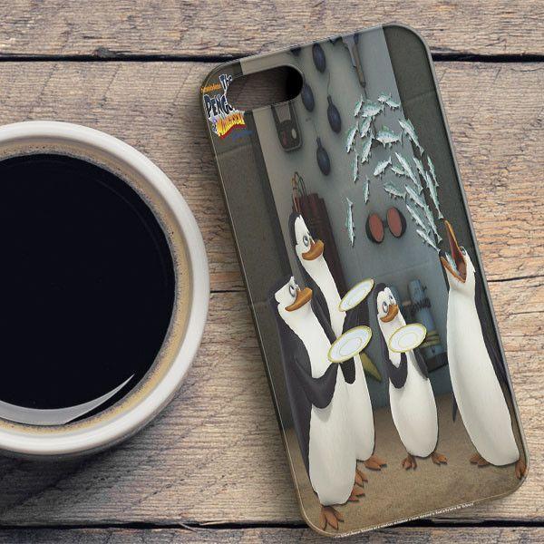 Funny Penguins Of Madagascar 2 Escape To Africa iPhone SE Case | casefantasy