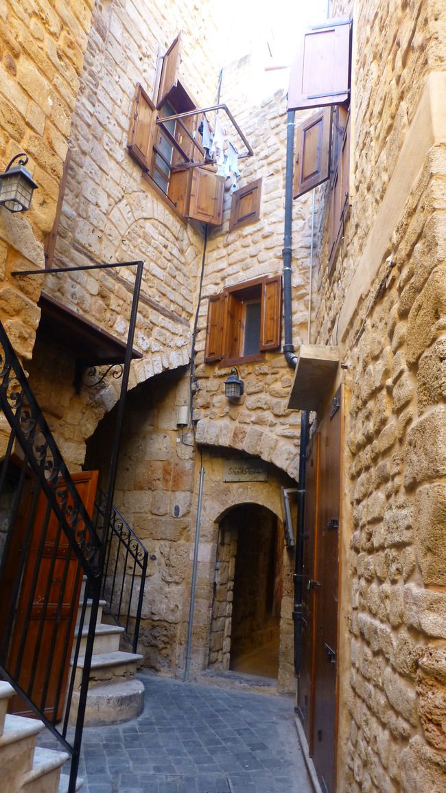 GET LOST IN THE OLD ALLEYWAYS OF THE SIDON SOUKS