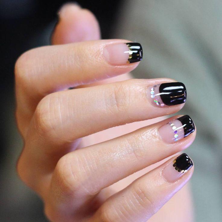 Korean-style manicure by Unistella