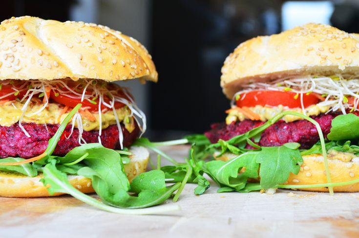 Recept: vegan burger van rode bieten