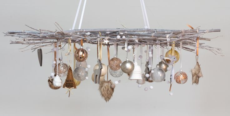 DYI Christmas decoration idea with with grey wash branches | It's all about Christmas
