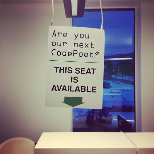 Er du vår neste Code Poet? Kontorplassen er ryddet og klar! #codepoet #wordpress #metronetlife