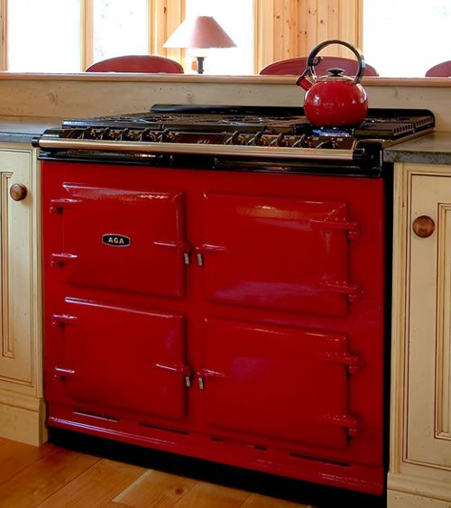 I consider a stove a piece of furniture. And Aga's duel fuel stoves are an incredible throwback to an earlier, wood-burning era. (luv this)_: Vintage Stove, Dreams Kitchens, Color, Aga Stove, Kitchens Appliances, Red Kitchens, Gas Range, Electric Range, Red Black