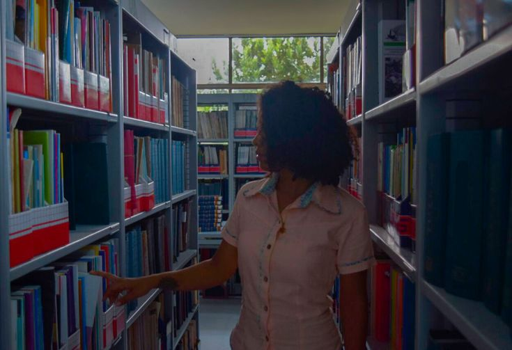Adquiere ya una prenda de la #NuevaColección  Disponibles por encargo en todas las tallas. Consulta colores disponibles. #KIKAMAGA #Vísetecomoquieras • • • #Barranquilla #Colombia #moda #guayabera #camisa #caribe #mujer #hombre #casual #fashion #colores #compras #men #fashionaddict #style #women #menswear #wear #outfit #pintura #art #arte #pájaro #ave #biblioteca #libros #book