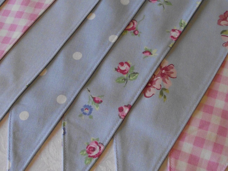 Shabby Chic Country Blue Bunting is a combination of florals, polka dots and gingham...perfect for Spring!