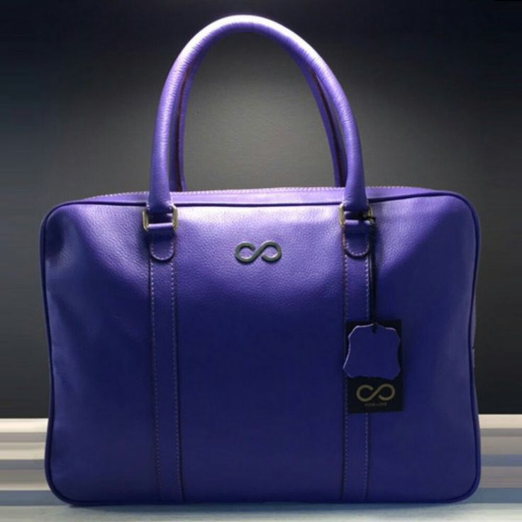 http://www.l4ove.com/index.php/en/shop/handbags/fl-executive-lalique-detail