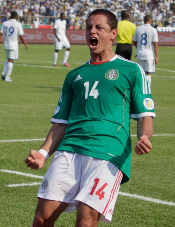 Chicharito jugando para Mexico!