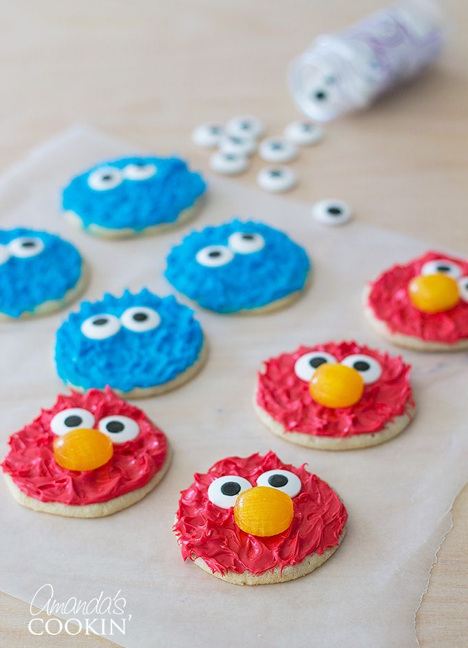 Cookie Monster and Elmo Cookies - There are several different kinds of Cookie Monster cookies out there, but I'm going to show you how to get that fun Muppet hair look without a special decorating tip. I didn't see much in the way of Elmo cookies, unless you want to use Royal Icing. So we decided to go ahead and make both!