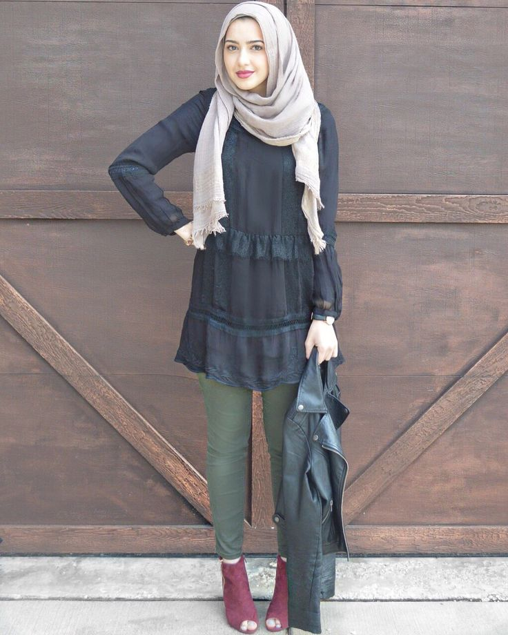 Ruffles. | #hijabfashion #modestfashion #tunic #redheels #springstyle…                                                                                                                                                                                 More