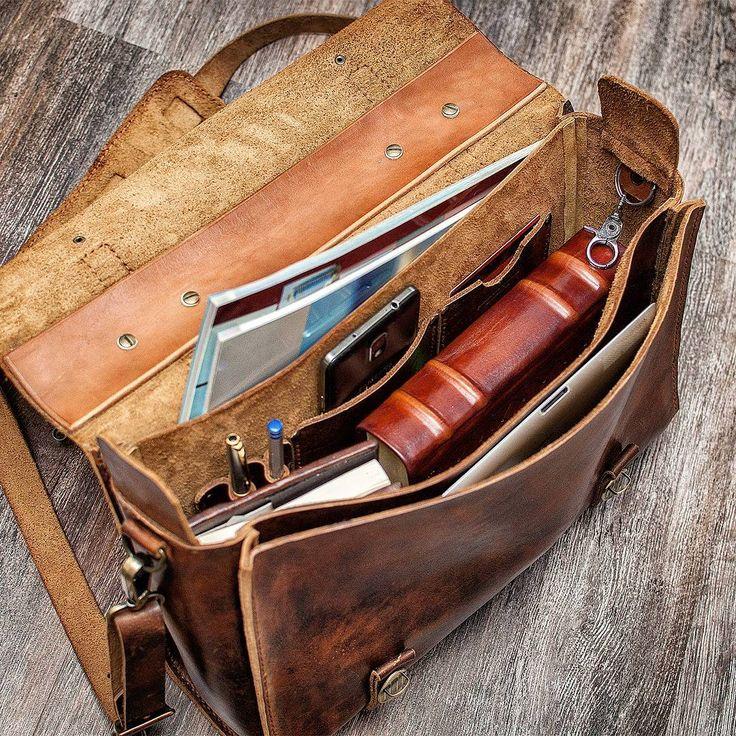 Мужская кожаная сумка -Casual style.  #leatherwork#travel#mansbag#мужскаякожанаясумка#leather#handmade#кожевенноеремесло#
