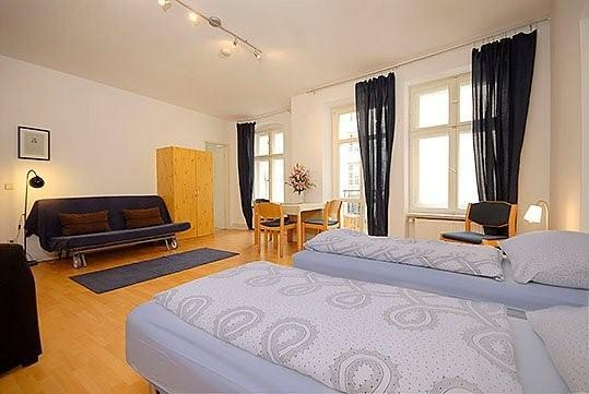 Berlin Apartment Beethoven B1L