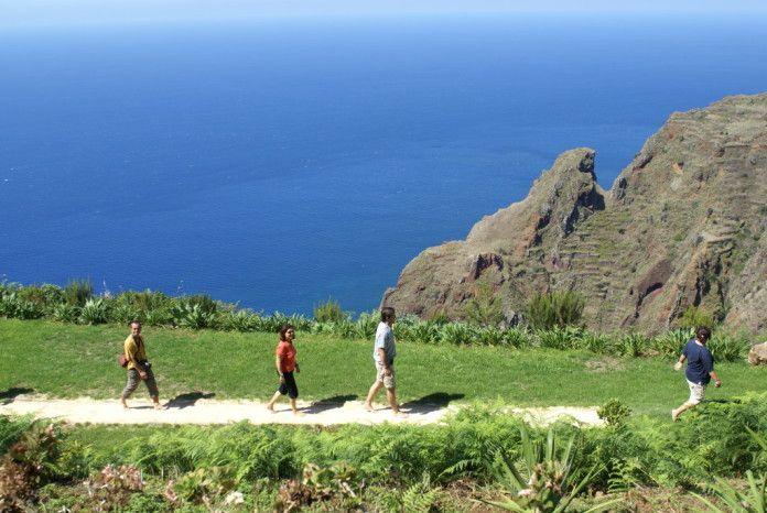 Barfusspfad auf Madeira – ein Erlebnis für die Sinne mit herrlichem Ausblick