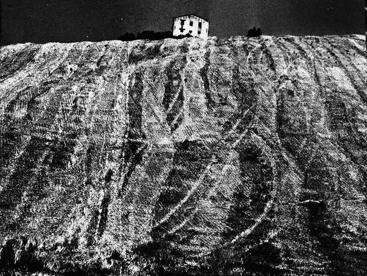 Metamorphosis of the earth (Landscapes) (1955-76) – Archivio Mario Giacomelli