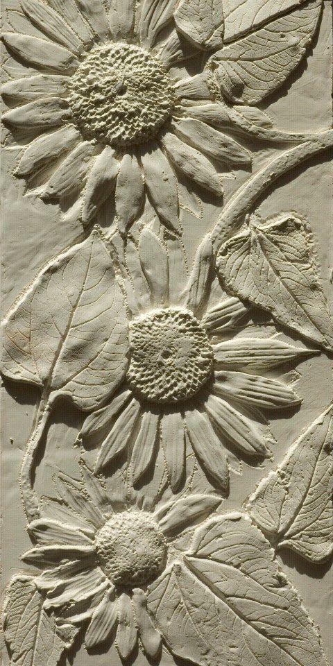 Sunflower Coving - susan faux plaster reliefs