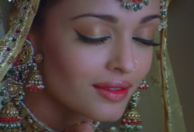 A A I N A - Bridal Beauty and Style: Bollywood Bride: Aishwarya Rai in Umrao Jaan