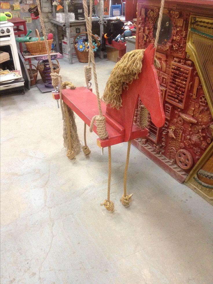 Качель Красная-Лошадь