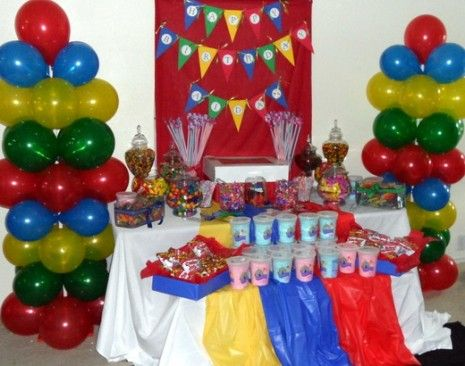Google Image Result for http://blogassets.catchmyparty-cdn.com/wp-content/uploads/2010/11/elmo-birthday-party-candy-465x366.jpg