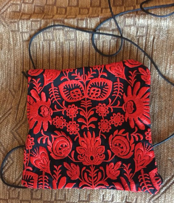 Traditional Palestinian Embroidery / Cross Stitch Purses / small bags in different colours