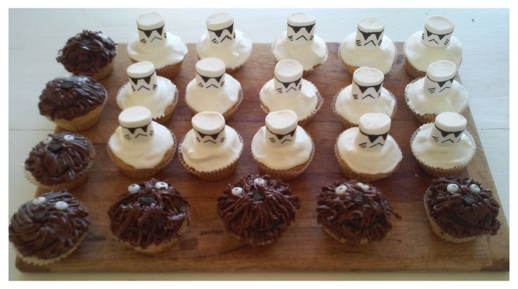 Star Wars cupcakes I helped decorate as a bit of fun holiday baking with a friends