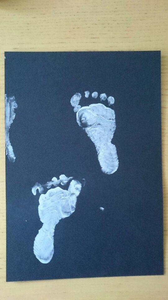 Vauvan jalanjäljet