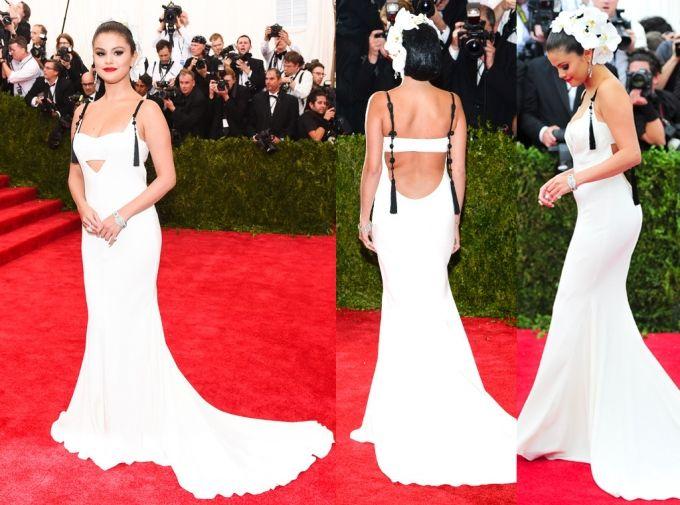 Selena a bercé une tonne de magnifiques robes sur d'innombrables quantités de tapis rouge,